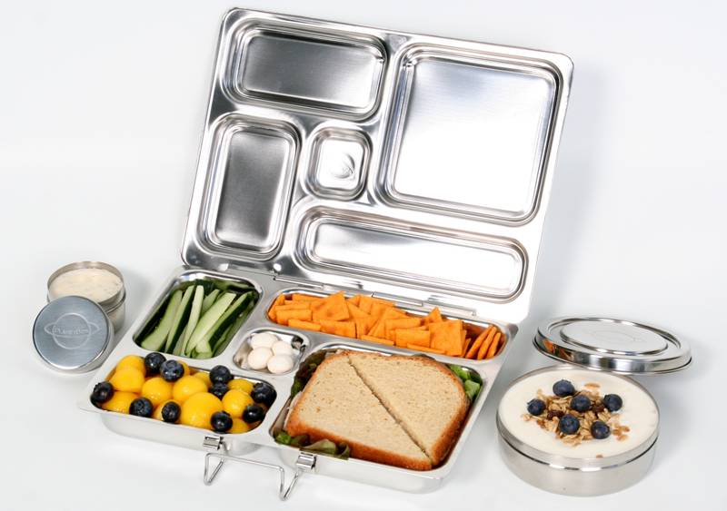PLANETBOX-with-food-and-dippers.jpg