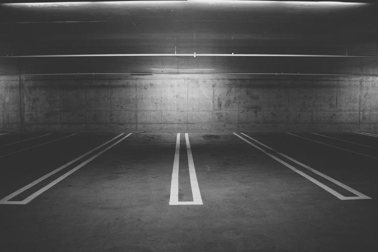 parking-deck-438415_1920.jpg